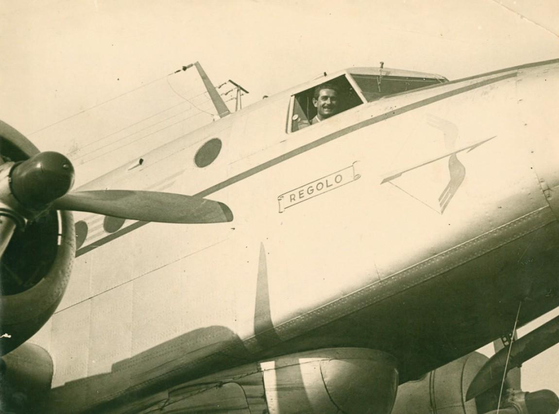 Alitalia: uomini con le ali