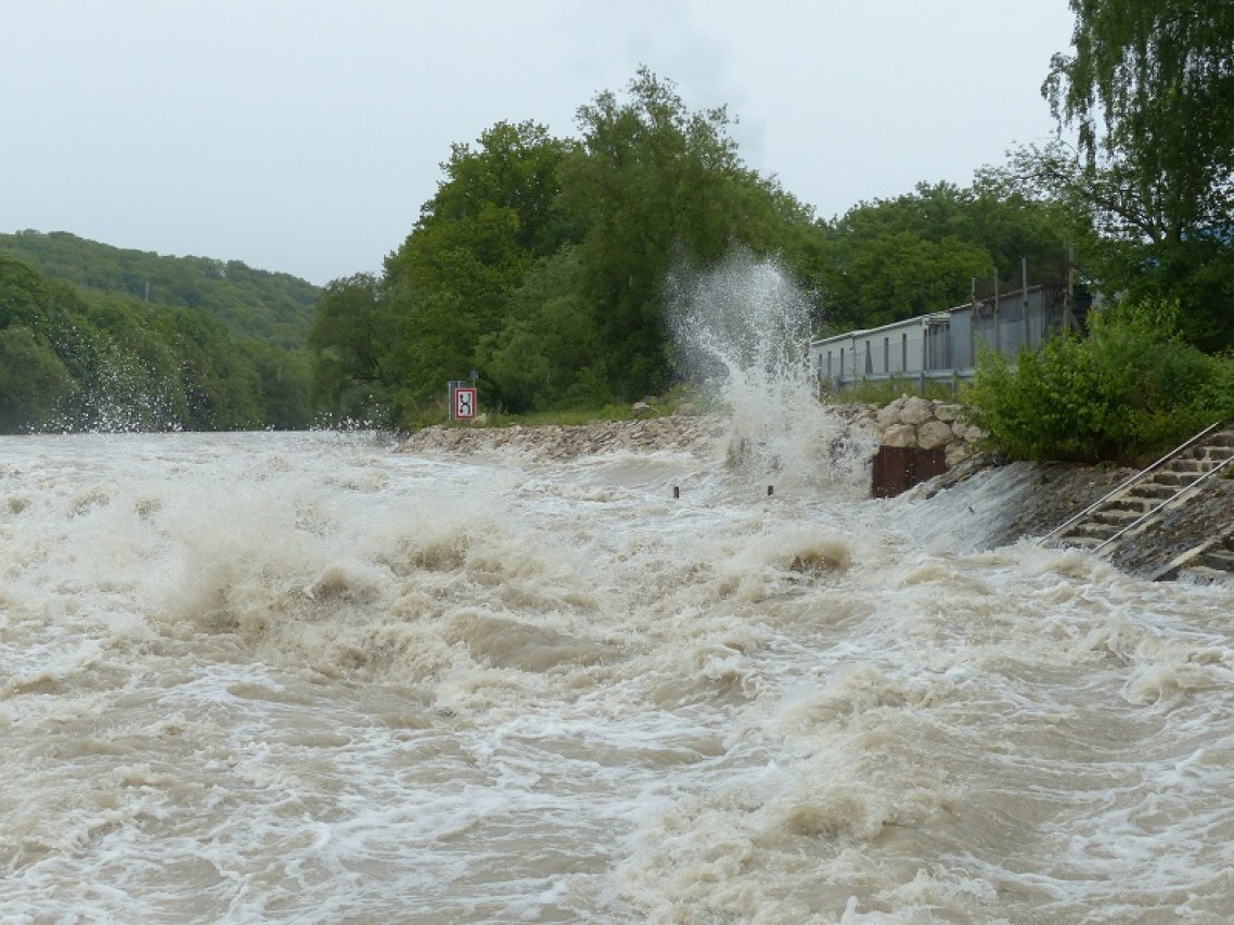 COMUNICARE I RISCHI NATURALI  dai cambiamenti climatici alle alluvioni